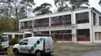 Werken aan asielcentrum Kalmthout stilgelegd: asbest niet correct verwijderd