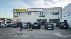 Huis Baeyens brengt twee kostuumwinkels samen in Borsbeek