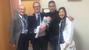 """Ouders van peuter Miguel bedroefd na overlijden chirurg: """"Zij heeft ons zoontje zicht gegeven"""""""