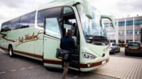 Antwerps personeel van Janssen Pharmaceutica omzeilt file dankzij nieuwe comfortabele werkbus