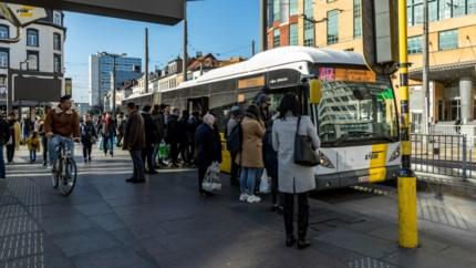 Chaotisch, onveilig, verwarrend: zo gaat het er toe aan tram- en bushalte Astridplein