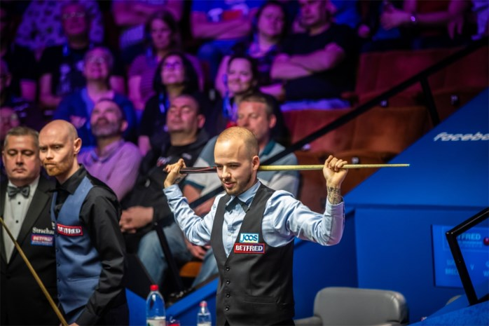 Luca Brecel staat na thriller in achtste finales Welsh Open snooker
