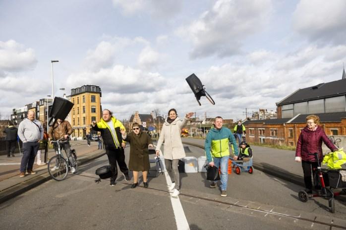 """Tijdelijke knip doet straten rond viaduct Dam opleven: """"Dit is een heel dynamische wijk"""""""