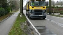 John Lijsenstraat krijgt nieuwe asfaltlaag en 'gevaarlijke' eiken worden gekapt