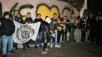 Fans Sporting Lokeren voeren actie aan stadhuis