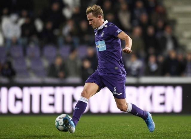 """Joren Dom verlengt contract bij Beerschot: """"Steun van de fans deed me veel deugd"""""""