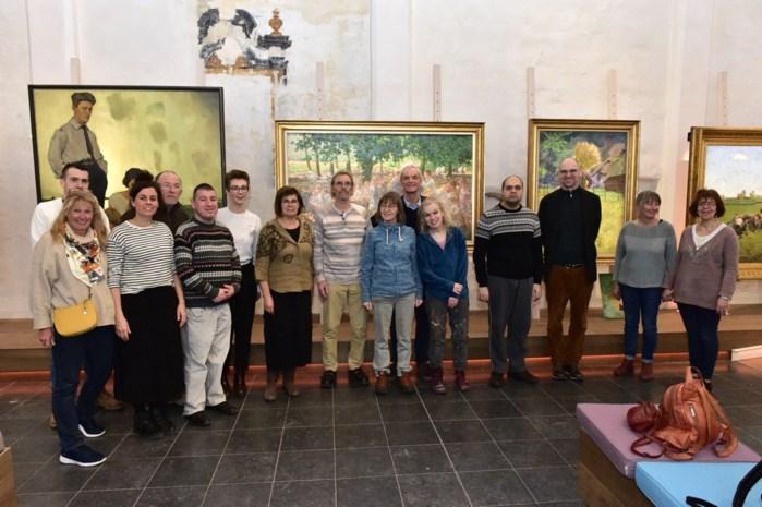 """Het Kunstuur stelt voortaan ook werken vzw Sjarabang tentoon: """"Fantastisch dat werken van onze gasten hier een plekje krijgen"""""""