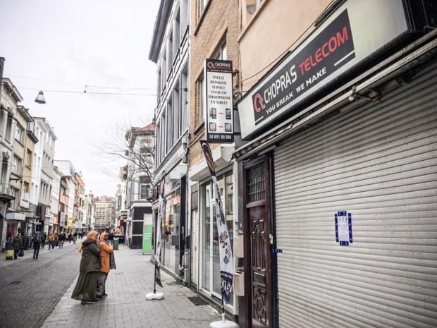 Zes telecomwinkels gesloten of verzegeld in strijd tegen drugsclans