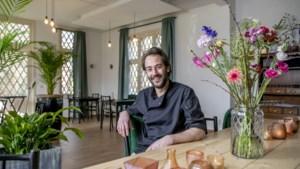 Koetshuis Le Paige opent naast restaurant ook café, bar en receptieruimte