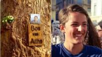 "Jaar na dood van musicaltalent uit Aartselaar wordt bos in Senegal uitgebreid: ""Zo leeft Arne hier verder"""