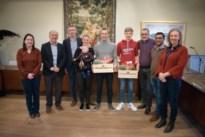 Gemeente huldigt zijn veldritkampioenen Sweeck en Uytterhoeven