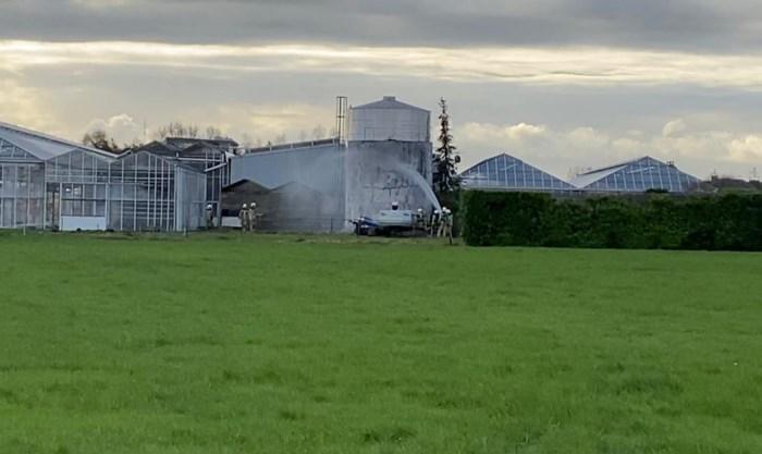 Oude silo vat vuur tijdens ontmanteling