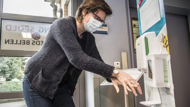"""Ziekenhuizen in Kempen en Mechelen volgen coronaprotocol: """"Onderzoek in eigen isolatieruimte, quarantaine in UZA"""""""