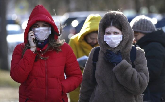 Politie waarschuwt voor sms'jes waarin oplichters mondmaskers tegen coronavirus aanbieden