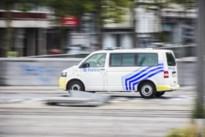Politie plukt gewonde inbreker uit stadstuin: handen bebloed na inslaan glas