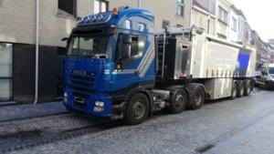 Roemeense trucker rijdt rond met vervalst rijbewijs