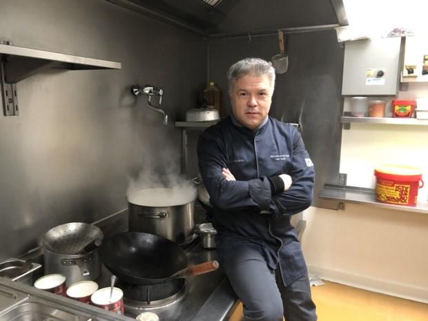 """Chinese keuken Tai-Ton sluit eind deze maand definitief de deuren: """"32 jaar achter het fornuis begin je te voelen"""""""