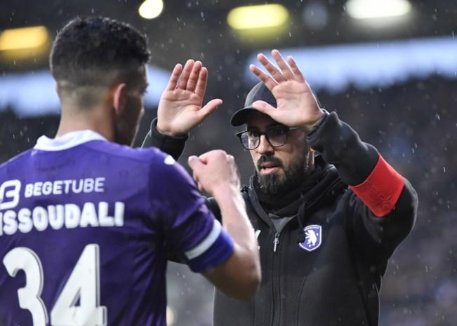 """Beerschot traint niet, coach Losada deelt hartverwarmende boodschap: """"Voetbal komt nu op de tweede plaats"""""""