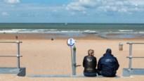"""Gouverneur roept op: """"Kom niet naar de kust"""""""