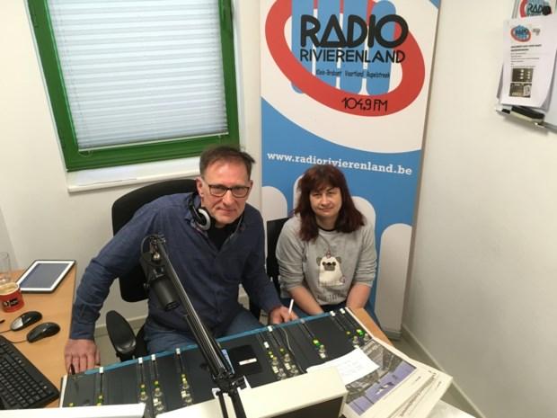 """Groetjes en verzoekplaten op Radio Rivierenland: """"Voor mensen die geen bezoek mogen ontvangen"""""""