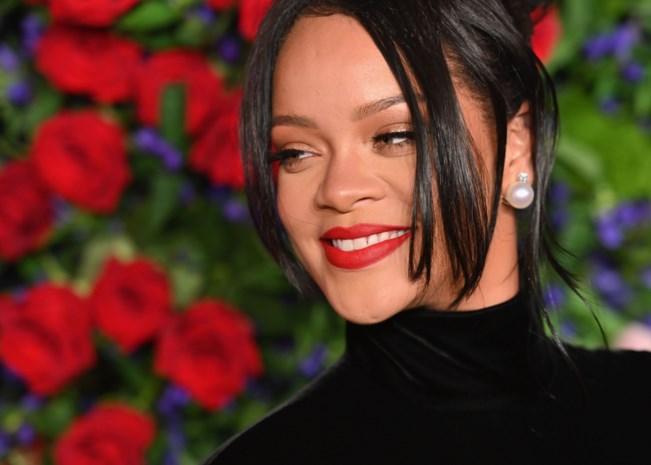 Rihanna doneert bijna 5 miljoen euro voor strijd tegen coronavirus