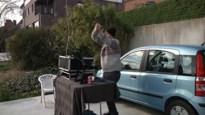 DJ uit Tielrode houdt tuinfeestje voor de buren, maar ieder op zijn eigen erf