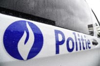 Politie controleert in woning: tien mensen op de bon omdat ze samenkwamen