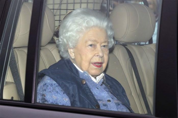 Medewerker van de Queen besmet met corona, prins Charles in quarantaine