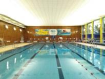 """Vier topsporters krijgen uitzonderlijk toestemming om te trainen in zwembad Kapellen: """"Er is genoeg plaats om voldoende afstand te houden"""""""