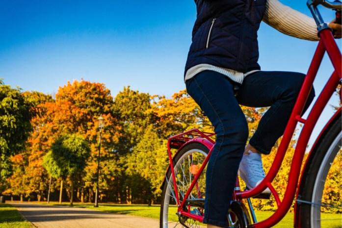 Hoe en met wie mag je nog wandelen, lopen of fietsen?