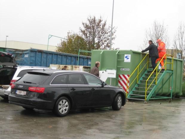 """Edegems burgemeester doet voorstel: """"Heropen containerparken op afspraak"""""""