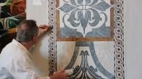Doublefaux schildert imitatiemarmer en -hout in woningen en kerken