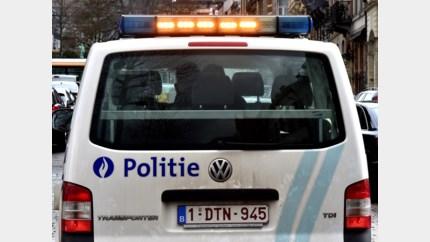Vier auto's beschadigd bij aanrijding met vluchtmisdrijf in Edegem
