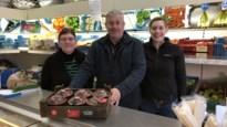 Uitbaters geven groente- en fruithandel 't Hofke in handen van medewerkster Anke