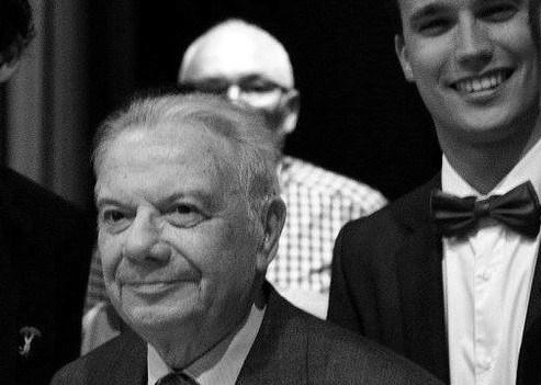 Oud-schepen en voormalig schooldirecteur Carlos Vloebergs (89) overleden