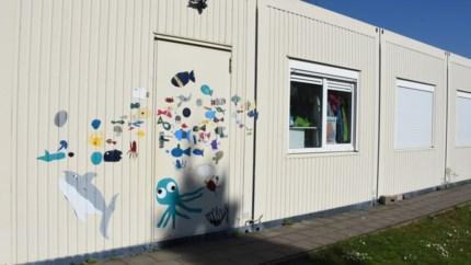 Schilders of papierscheppers volgend schooljaar in de container