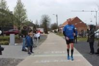 """Verpleegkundige loopt marathon als dankbetoon voor alle steunbetuigingen: """"Ik voel me geen held, ik doe gewoon mijn job"""""""
