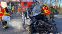 E19 grotendeels versperd nadat wagen inreed op botsabsorbeerder
