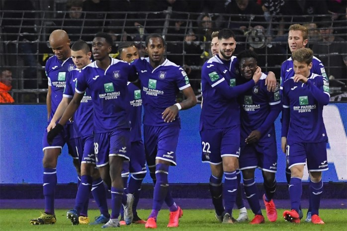 Looninlevering verdeelt Anderlecht: spelers discussiëren weer over voorwaarden om salaris april af te staan