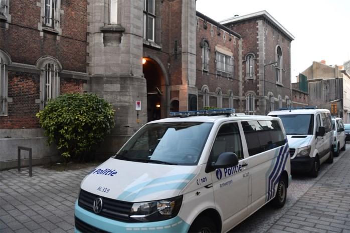 Gevangenis Begijnenstraat dient klacht in tegen gedetineerde die op personeelslid spuwde