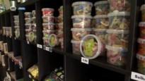 Snoepwinkeltje opent in Hove in volle coronatijd