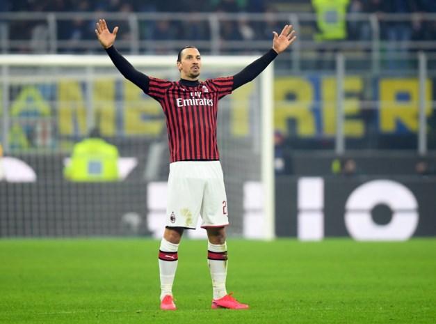 """""""Zlatan neemt afscheid van Milan en denkt eraan te stoppen met voetballen"""""""