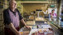 """Jean is 71, maar slagerij blijft open: """"Ik, een held? Dikken truut"""""""