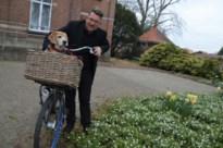 Parochiaan schenkt YouTubende priester hond