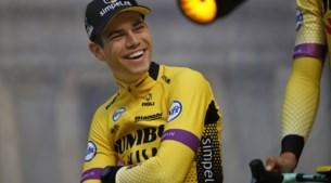 Herbeleef de Ronde Van Vlaanderen 2019: een ongeziene massa, een onverwachte winnaar en een onschuldige kus