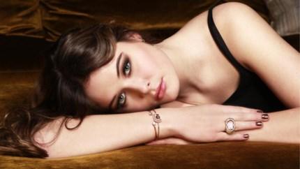 Isabelle Bergman biedt haute couture juwelen aan van Antwerpse bodem