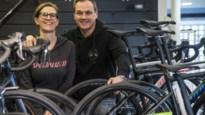 """Katrien en Joost brengen via webshop racefietsen aan de man: """"Ook nu geen spijt dat we winkel hebben overgenomen"""""""