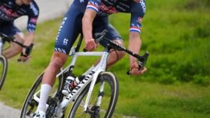 Mathieu Van der Poel en ploegmaats rijden zondag 'Ronde van Zwift'