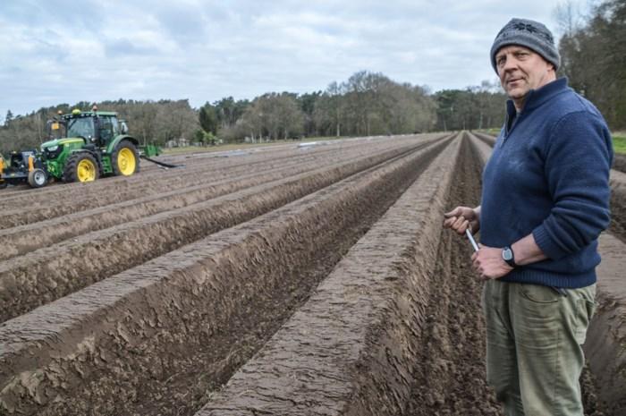 """En de boeren, zij ploegden voort: """"Gezond blijven, dat is nu mijn hoofddoel"""""""