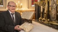 """Pastoor Bert Pluym (75) vertelt hoe hij omgaat met isolement: """"Midden maart heb ik mijn laatste hostie uitgereikt"""""""